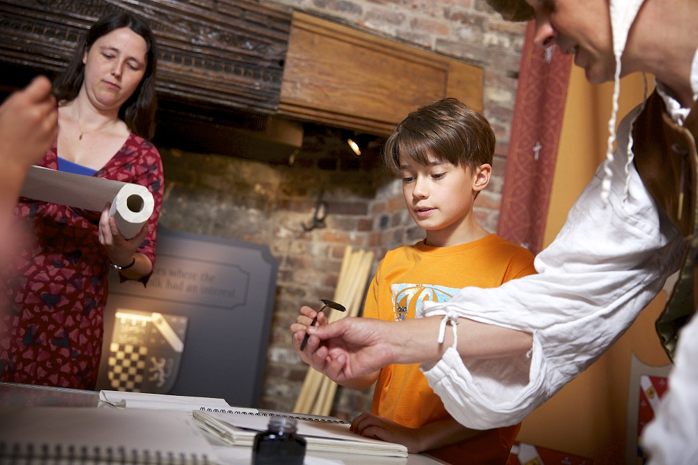 Arts Award Supporter: engaging young people with your Museums at Night events